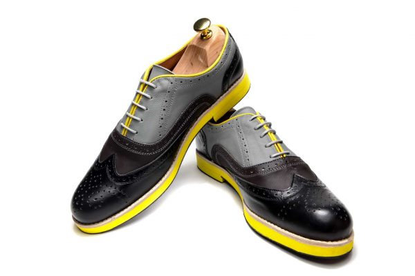 Handmade Mens Oxford Shoes In Gray Tones And Yellow Sole